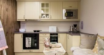 Kjøkken/garderober/bad